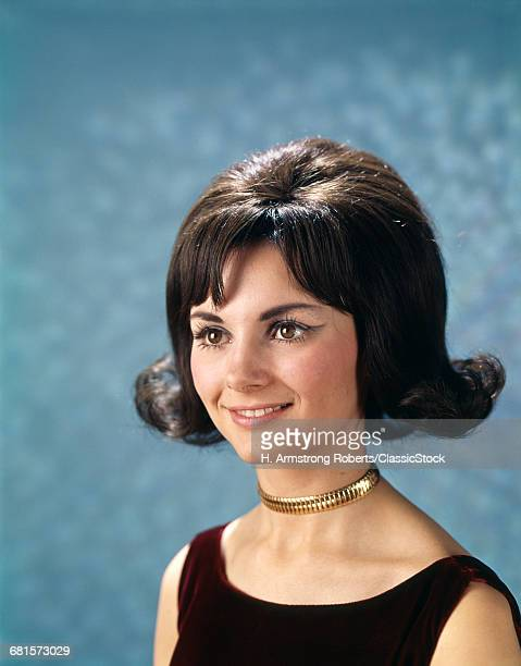 1960s PORTRAIT OF YOUNG...