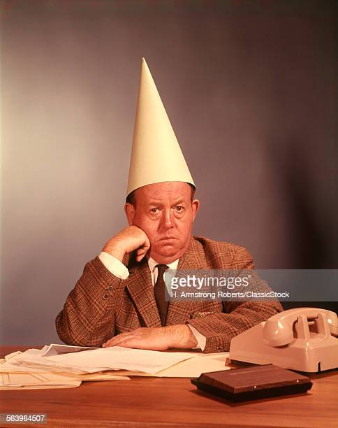 373 Dunce Cap Photos and Premium High Res Pictures - Getty Images