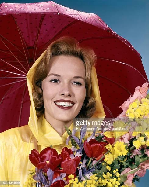 1960s SMILING WOMUNDER.
