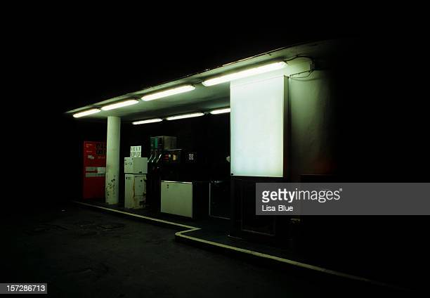 1960s style gas station.copyspace. - petrol station stock pictures, royalty-free photos & images
