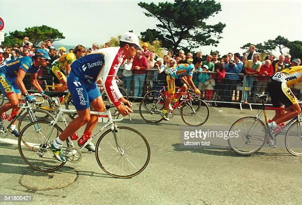 1964Radrennfahrer Ewährend der Tour de France 1995- Juli 1995