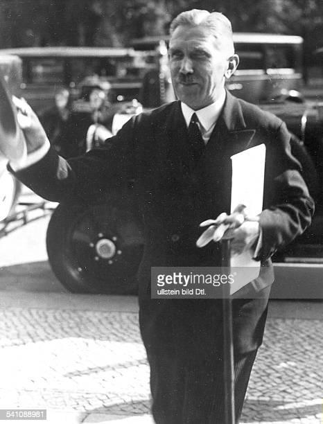 1969Offizier, Politiker ; D- 1932