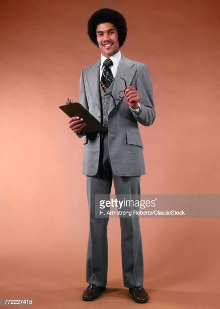 1970s AFRICAN AMERICAN MAN...