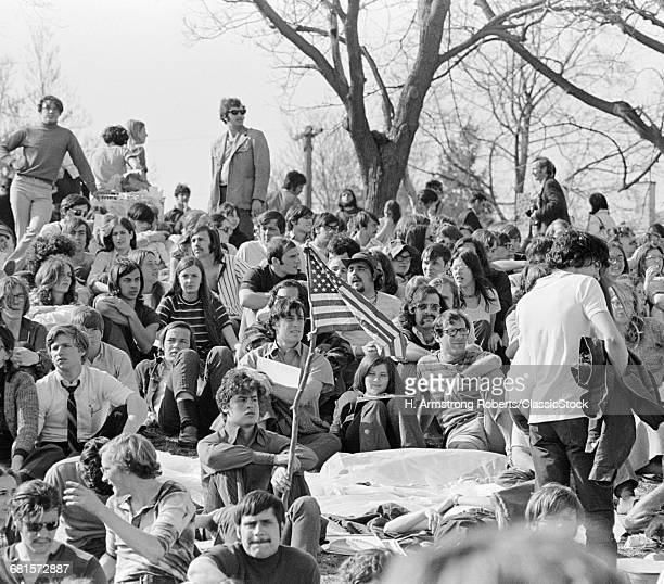 1970s APRIL 22 1970 CROWD ATTENDING THE FIRST EARTH DAY CELEBRATION FAIRMONT PARK PHILADELPHIA PENNSYLVANIA USA