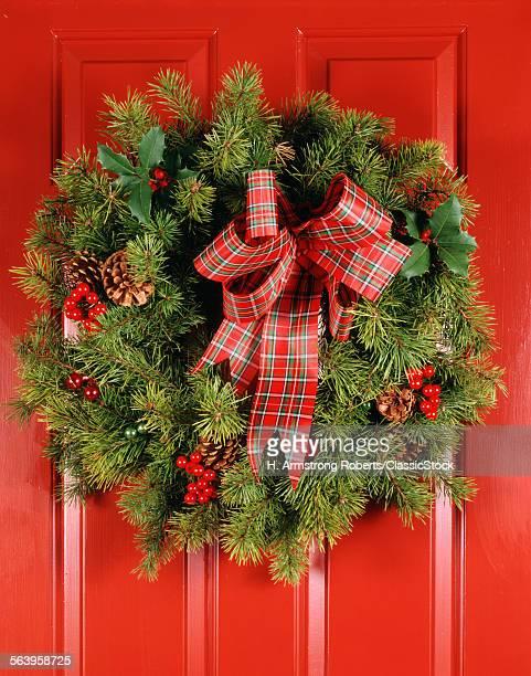 1970s CHRISTMAS DOOR WREATH STILL LIFE