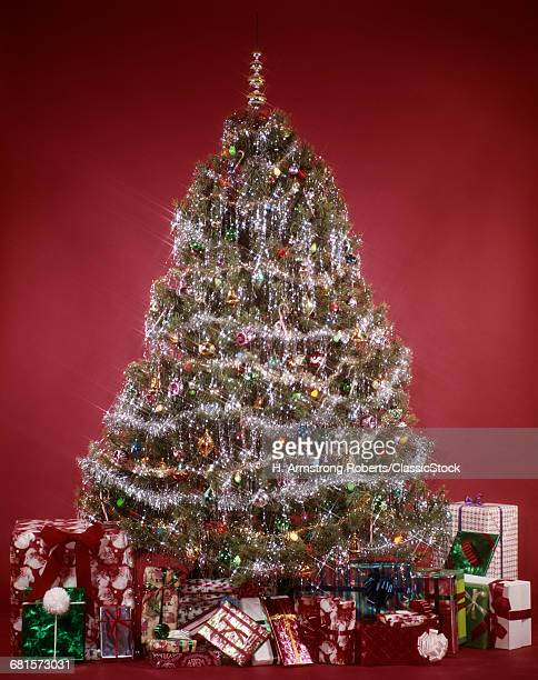 1970s EVERGREEN CHRISTMAS...