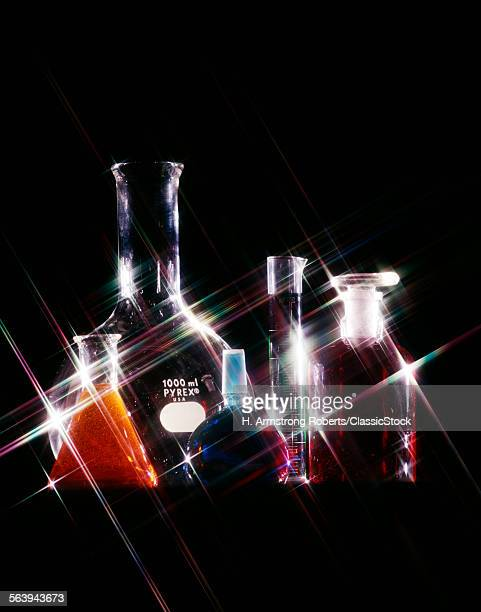 1970s PYREX GLASS LABORATORY BEAKERS TEST TUBES CHEMICALS