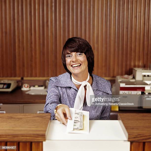 1970s SMILING WOMAN BANK...