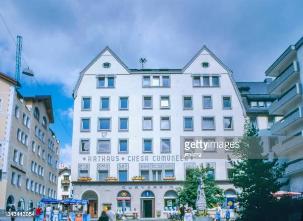 1980s rathaus and chesa cumunela, kurverein  in city center, st. moritz, switzerland - 1980 1989 stock pictures, royalty-free photos & images