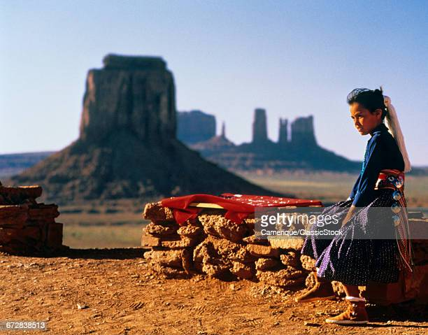 1980s YOUNG NAVAHO GIRL...