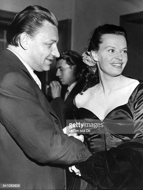 1906 1988Komponist BRDmit Margot Hielscher bei denBerliner Filmfestspielen 1952