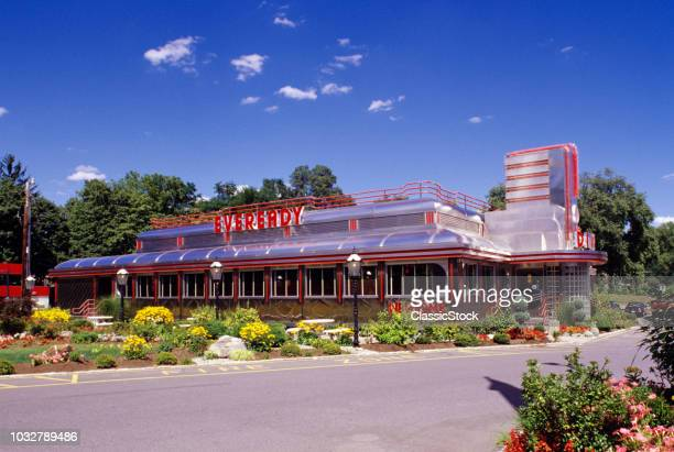 1990s CLASSIC ART DECO STYLE DINER HYDE PARK NY USA