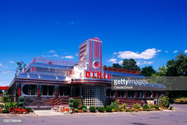1990s CLASSIC ART DECO STYLE DINER HYDE PARK NEW YORK USA