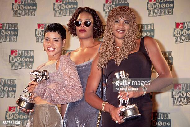 1994New York NY Rap group SaltnPepa are shown backstage at the MTV Music Awards in Radio City Music Hall