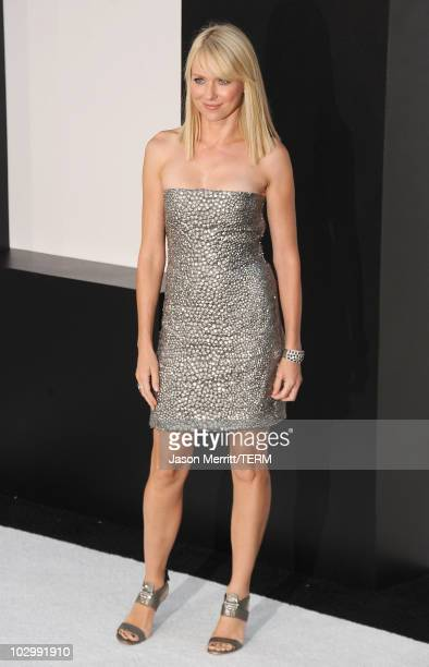 HOLLYWOOD JULY 19r Actress Naomi Watts arrives at the premiere of Sony Pictures' 'Salt' at Grauman's Chinese Theatre on July 19 2010 in Hollywood...