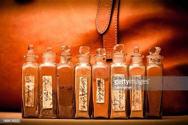 19. Jahrhundert Doctor's Bag mit Medikamenten