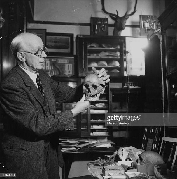 Mr Marston demonstrates that the Piltdown skull is actually of comparatively recent origin and comprised of the remains of a man and an orang-utan....