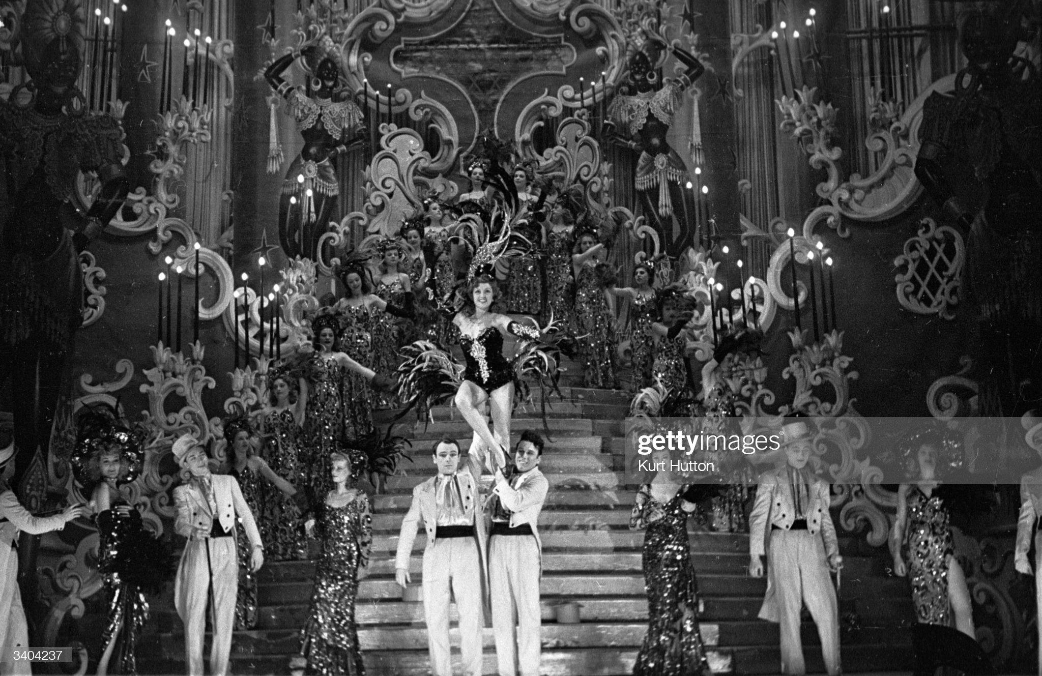 Ca s'est passé en mai ! 19th-march-1949-fortunia-a-dancer-with-the-folies-bergere-in-paris-picture-id3404237?s=2048x2048