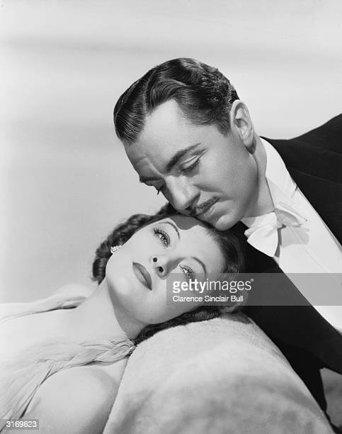 Myrna Loy and William Powell play sleuthing couple Nick and Nora Charles for the second time in 'After The Thin Man' directed by W S Van Dyke