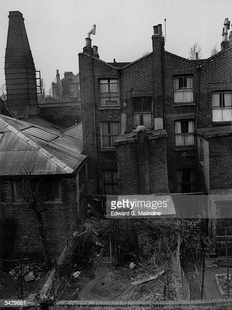 The rundown garden of Number 10 Rillington Place London the house where serial killer John Reginald Christie lived and buried the bodies of his...