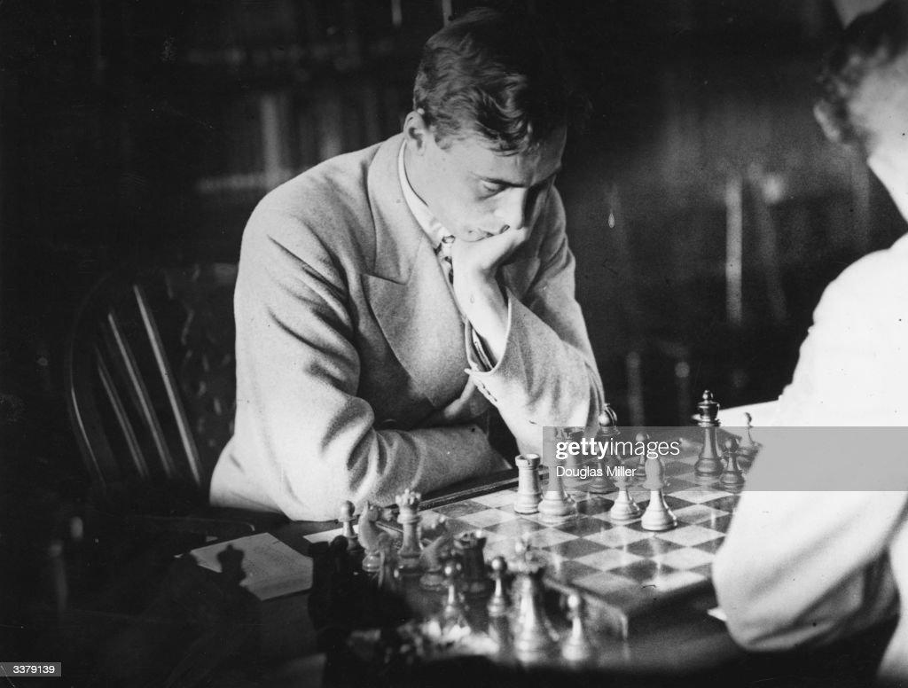 Chess Match : News Photo