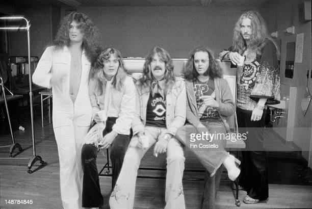 English rock groups Deep Purple posed during the band's tour of Japan in December 1975 Left to right bassist Glenn Hughes guitarist Tommy Bolin...