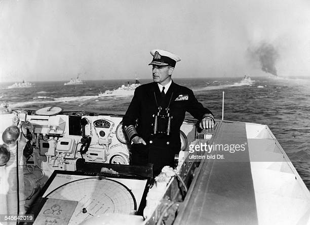1st Earl Mountbatten of Burma * Admiral politician Great Britain portrait of the 1st Earl Mountbatten of Burma around 1947