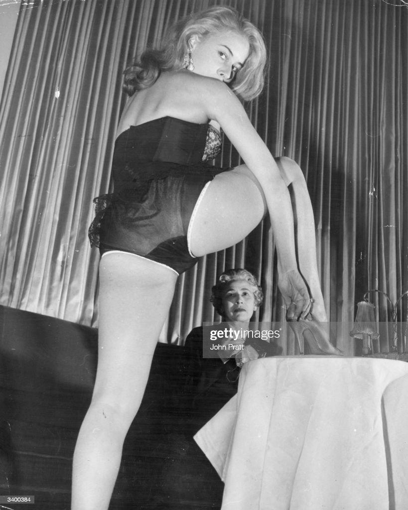 Striptease hairy women