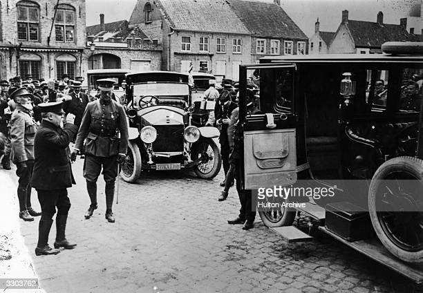 Albert I King of the Belgians visits the north of France with Raymond Poincare President of the French Republic The President's Sizaire Berwick motor...
