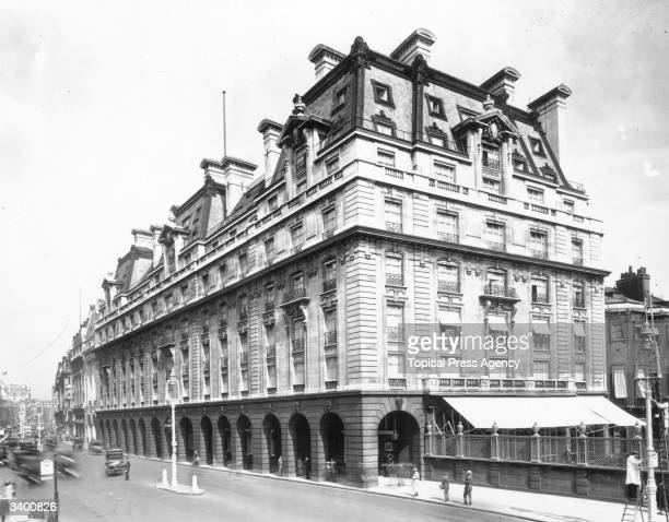 The World famous Ritz Hotel built in London's Piccadilly in 1906