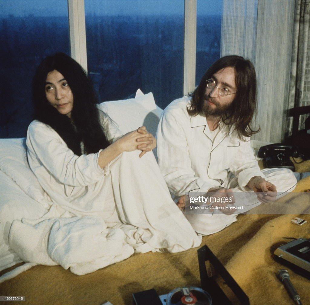 Lennon In Amsterdam : News Photo