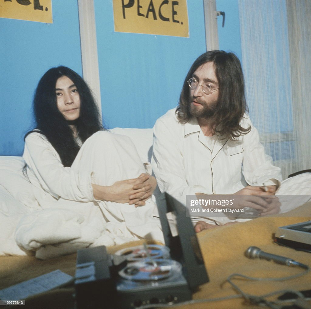 Lennon In Amsterdam : News Photo