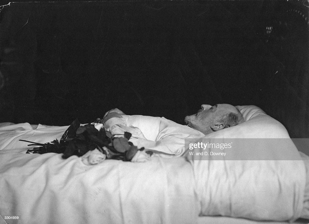 Lying In State 1910 : News Photo