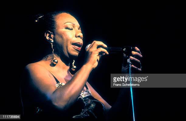 1st NOVEMBER: singer Nina Simone performs at Mecc in Maastricht, Netherlands on 1st November 1993.
