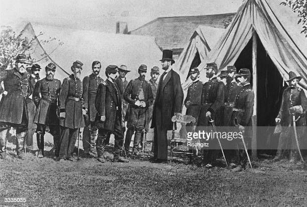 President Abraham Lincoln visiting soldiers encamped at the Civil War battlefield of Antietam in Maryland It was one of the bloodiest in the whole...