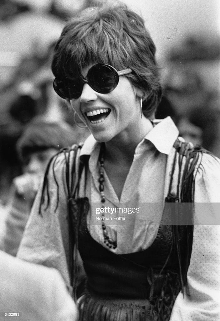 Pop Fan Fonda : News Photo