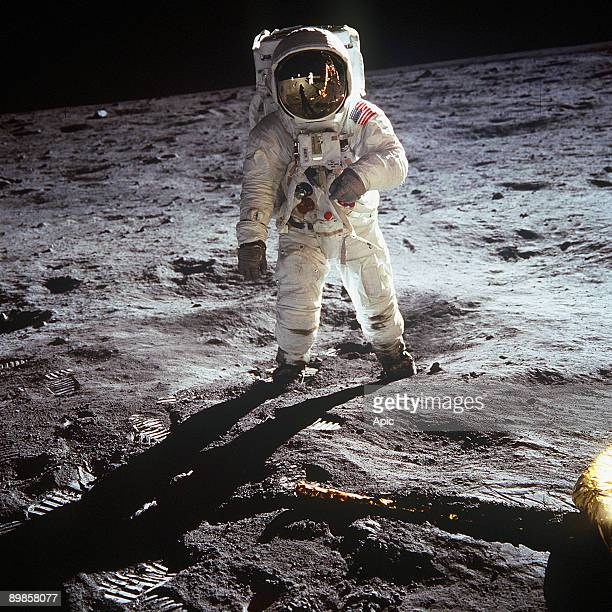 1st steps of human on Moon american astronaut Edwin 'Buzz' Aldrin walking on the moon on july 20 1969 during Apollo 11 mission