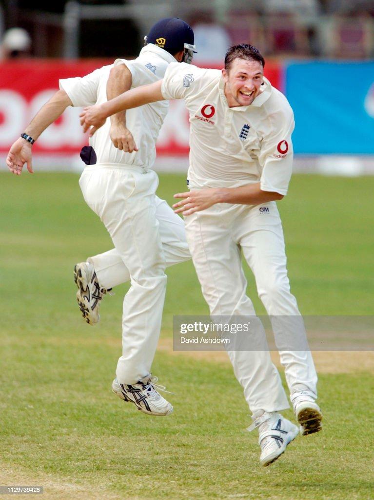 Cricket 1st Test West Indies v England at Sibina Park Jamaica 2004 : ニュース写真