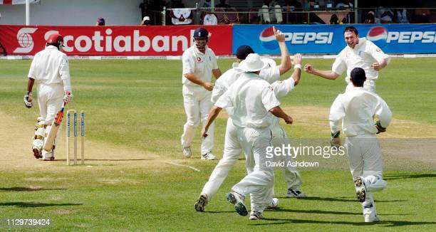 1st TEST 4th DAY AT SABINA PARK JAMAICA HARMONSON TAKES THE WICKET OF CHANDEPAUL.