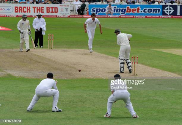 PAKISTAN 1st TEST AT TRENT BRIDGE 2 nd DAY 30/7/2010 UMAR AMIN ABOUT TO CAUGHT OFF STEVEN FINN' BOWLING