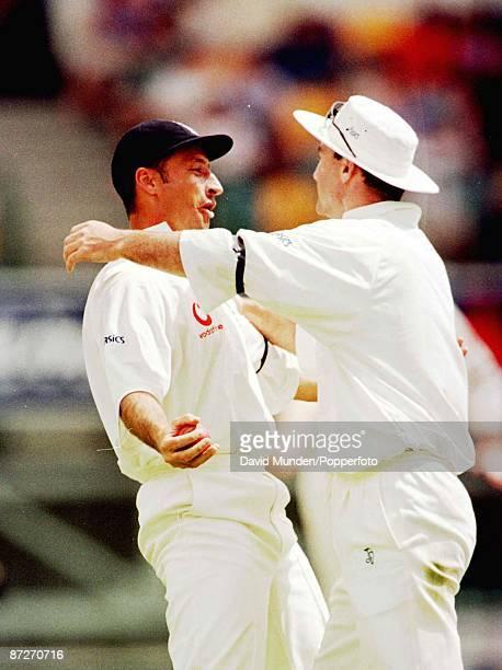 1st test Australia v England in Brisbane 20/11/98 NASSER HUSSAIN celebrates catching Mark Taylor