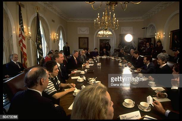 1st WH cabinet mtg Shalala Babbitt Pres Clinton Aspin Brown Pena Browner McLarty J Brown Cisneros Espy Bentsen Gore Reich O'Leary Kantor