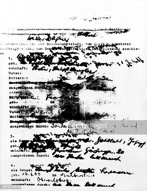 *20041889Politiker NSDAP DDie erste Seite des Trauscheines von Hitler und Eva Braun vom