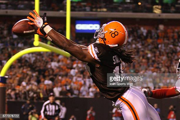 Cleveland Donte' Stallworth can't make a catch against the New York Giants during their Monday Night game in Cleveland Ohio