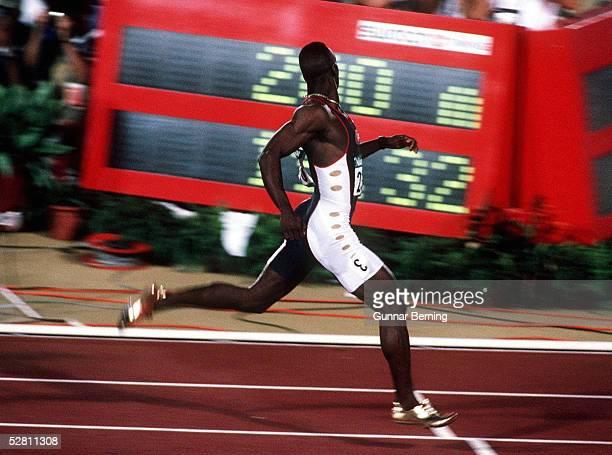 200m Maenner ATLANTA 1996 am 1.8.96, Michael JOHNSON - USA GOLD Medaille und Weltrekord