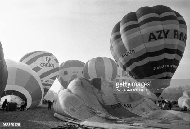 200ème anniversaire du 1er vol habité en montgolfière par Pilatre de Rosier et le Marquis d'Arlandes au Chateau de Bagatelle le 20 novembre 1983...
