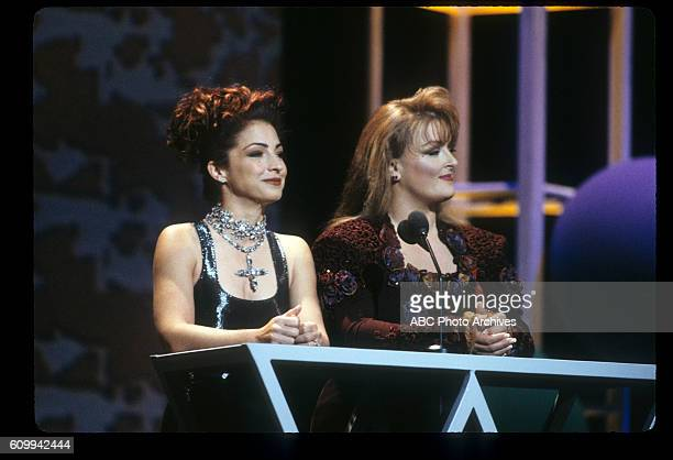AWARDS 20th Anniversary Special Airdate January 25 1993 COHOSTS GLORIA ESTEFAN AND