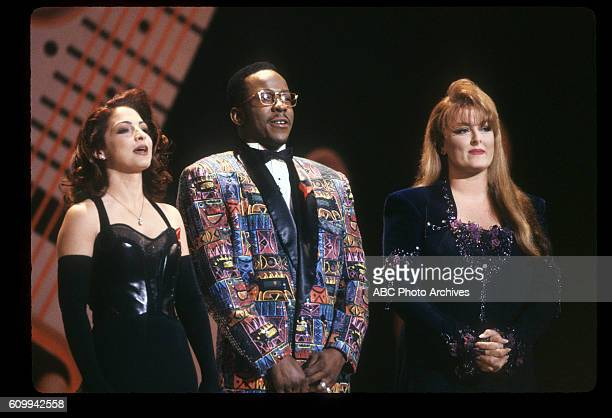 AWARDS 20th Anniversary Special Airdate January 25 1993 COHOSTS GLORIA ESTEFAN BOBBY