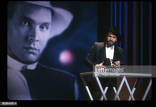 AWARDS 20th Anniversary Special Airdate January 25 1993 GARTH