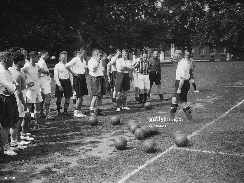 Soccer Class : News Photo